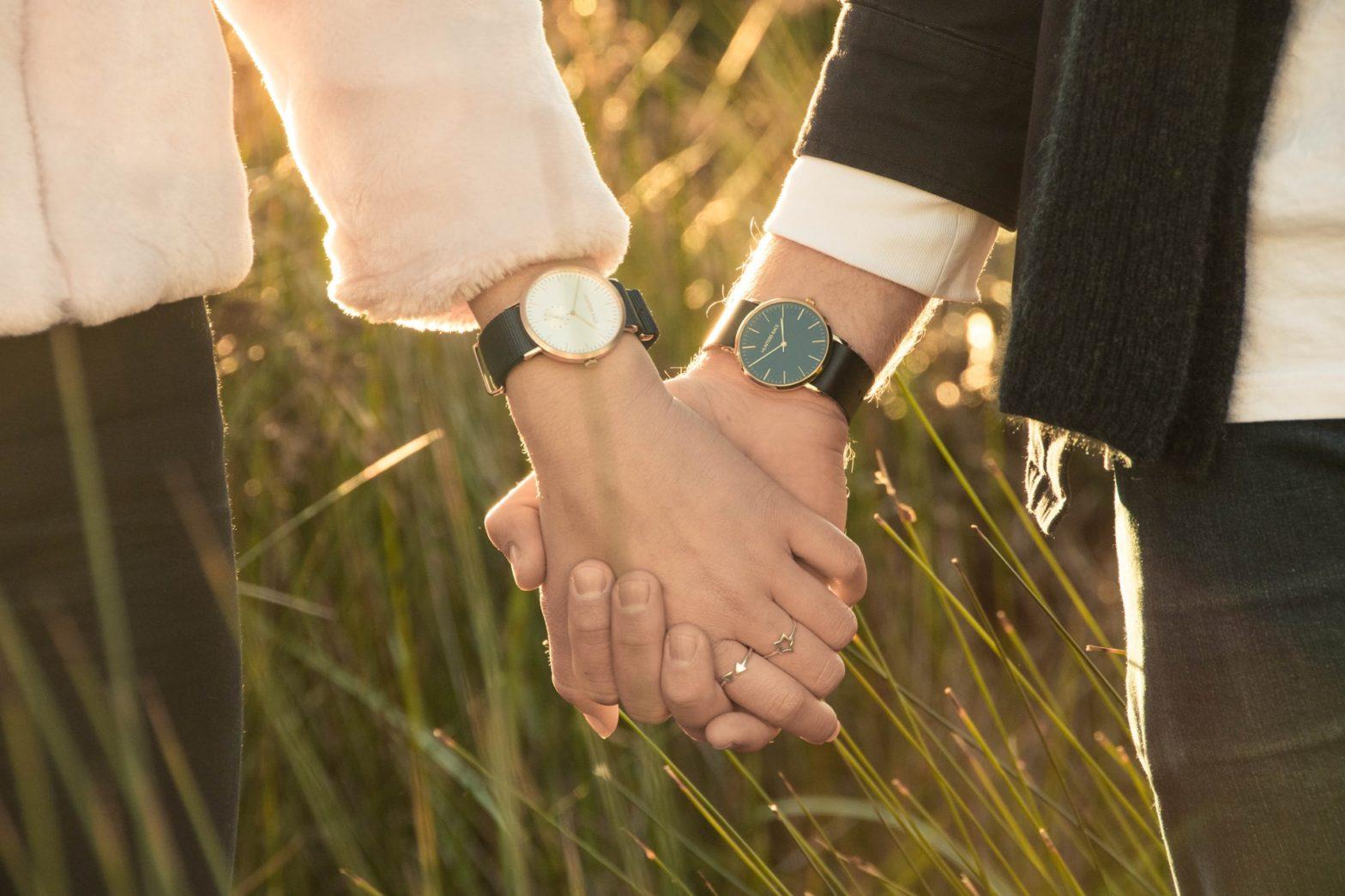 7 Best Men's Timepieces By Oris In 2021